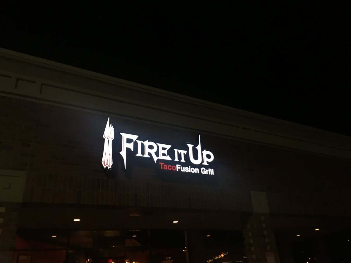 TaroNuke 28 On Twitter This Restaurant Logo Is Such A Simfile