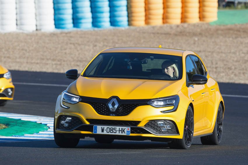 First Drive: Renault #Mégane RS   #MeganeRS  http://www. wheelsforwomen.co.uk/index.php/firs t-drive-renault-megane-rs/ &nbsp; … <br>http://pic.twitter.com/43Y3iyN03d