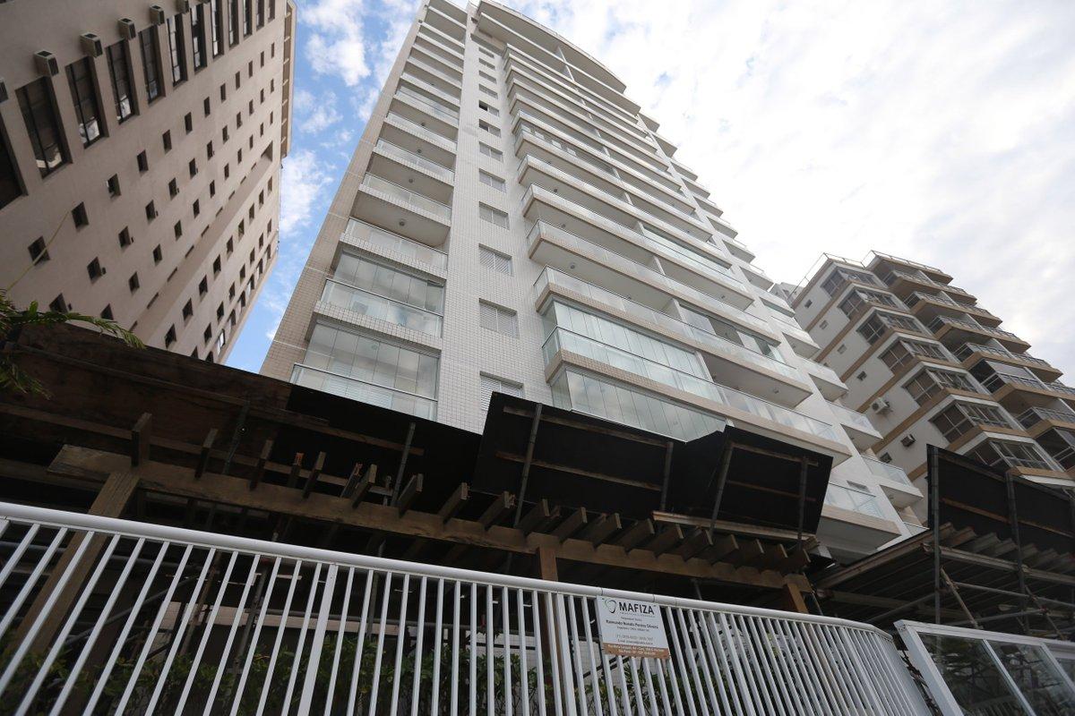 Após 'procura intensa', Moro impõe caução de R$ 1 mil para visitas a triplex (via @fausto_macedo) https://t.co/ZD4GInQ17s