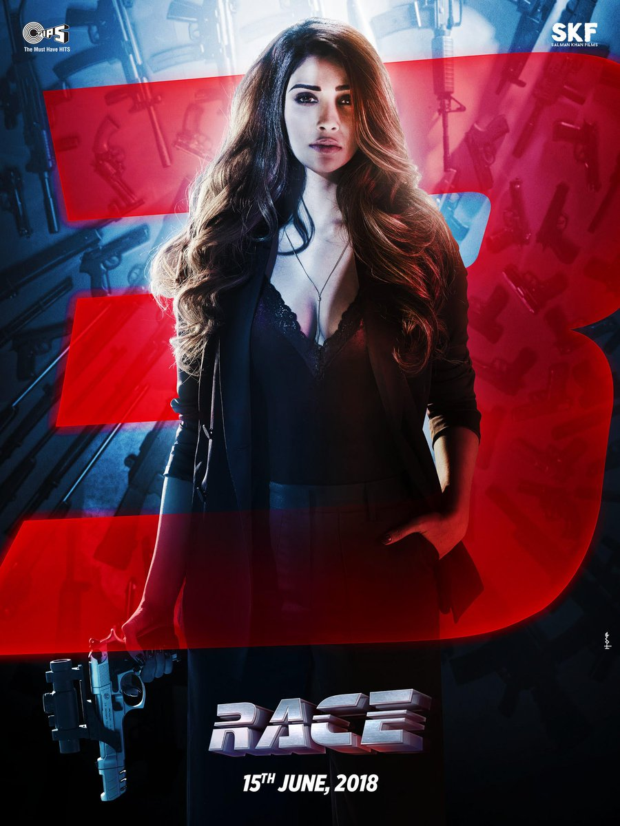 Daisy Shah Killing With Her Look At New Poster Of Race 3 5