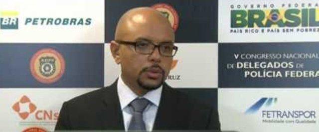 Delegado responsável por grupo que investiga políticos entrega cargo e abre crise na PF https://t.co/rhivGoMKhC - via @colunadoestadao
