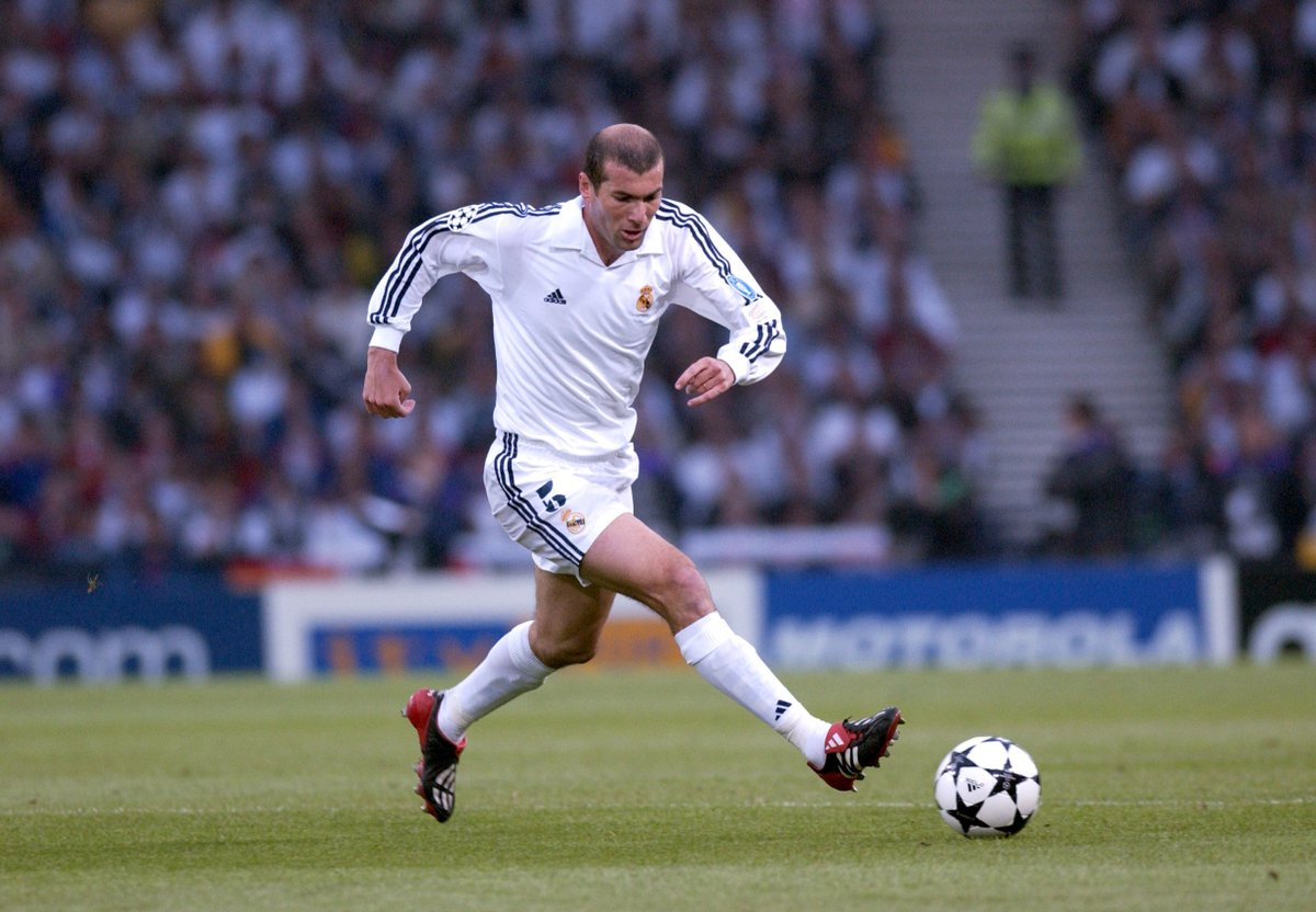 David Beckham: 'To train with Zinédine Zidane for three years was a dream. For me, he is the greatest player of all time.'  #UCL