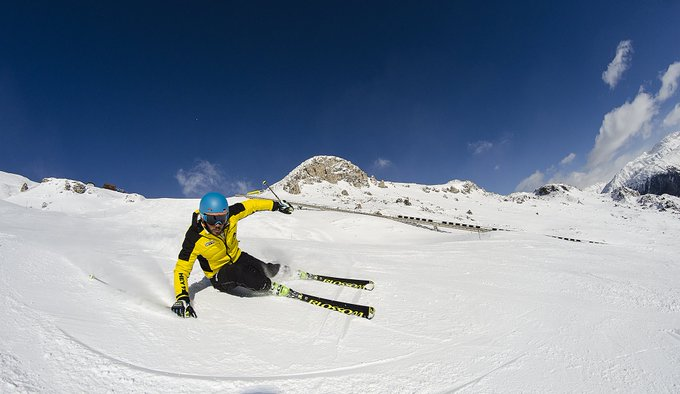 Confirmada presencia de Blossom Skis 🔝🔝 en la #KddNevasport de este año. Nos dejarán probar esquís y regalarán unos PEPINACOS en el SORTEO ✌️