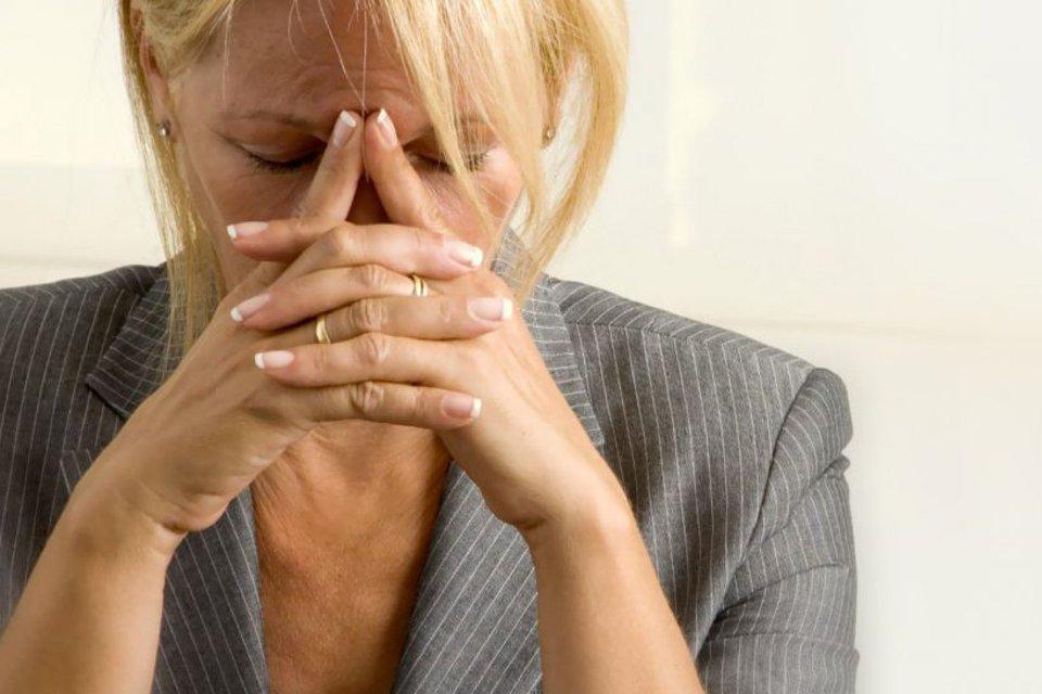 Картинка огорченная женщина