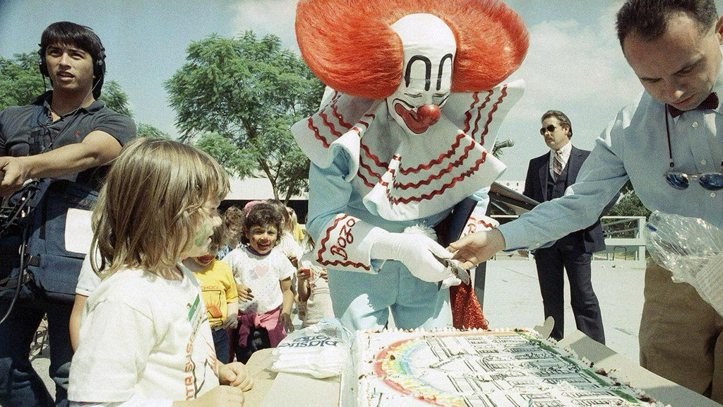 Actor known for playing Bozo the Clown dies at 89 https://t.co/I44upXrDq0 https://t.co/1S1g0f2Mtx