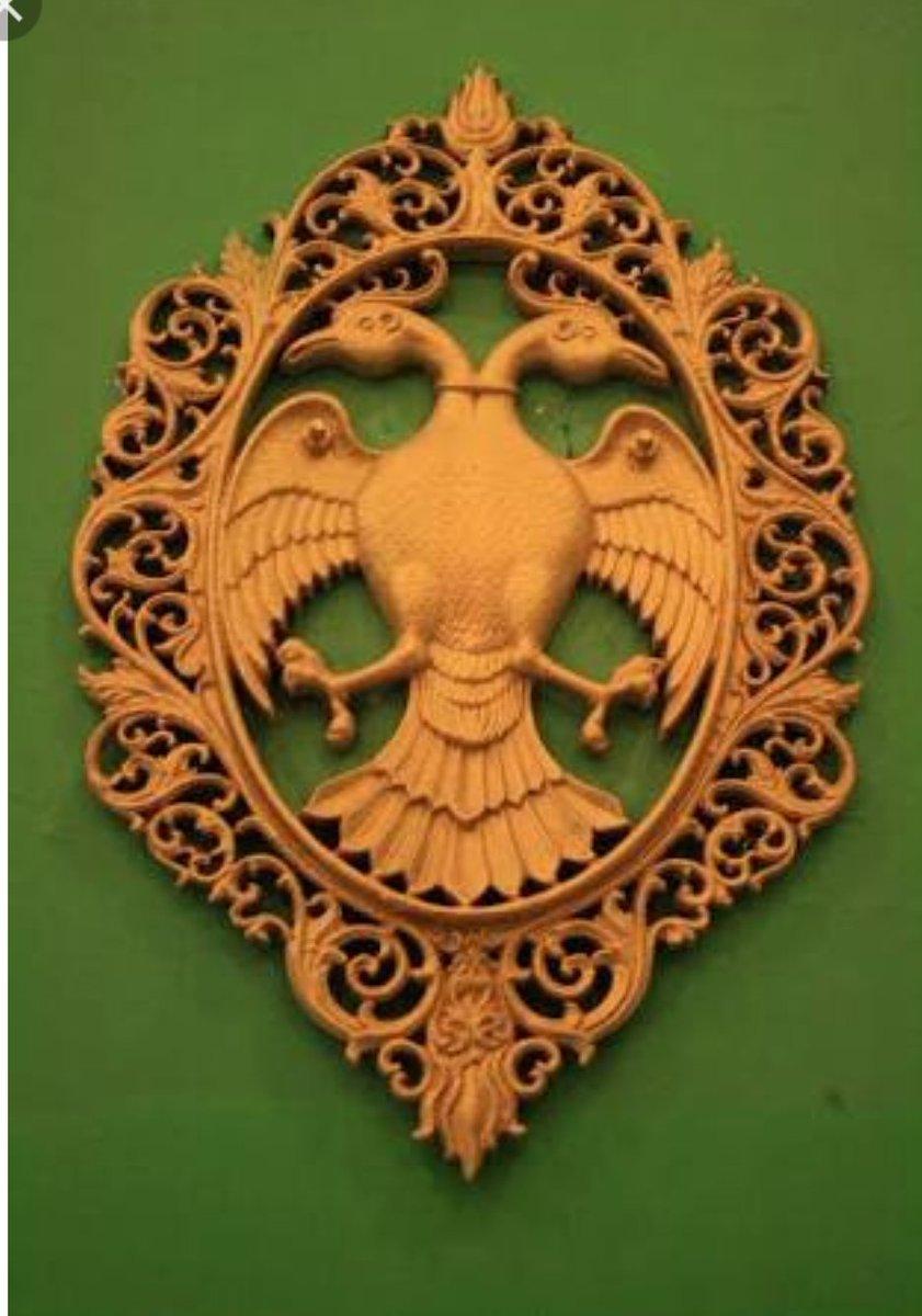 Devdutt pattanaik on twitter gandaberunda the two headed be pic 1 gandaberunda as roof sculpture rameshwara temple keladishimoga karnataka pic 2 the karnataka government adopted this symbol as the state biocorpaavc Image collections