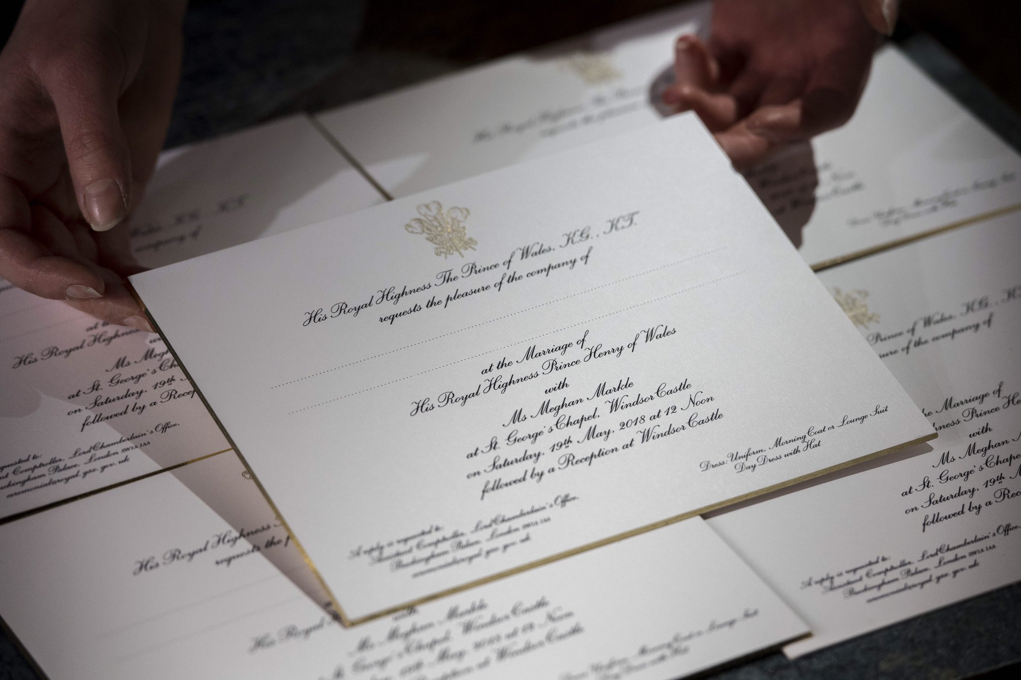 très chic!: Prince Harry and Meghan Markel\'s wedding invitations are ...