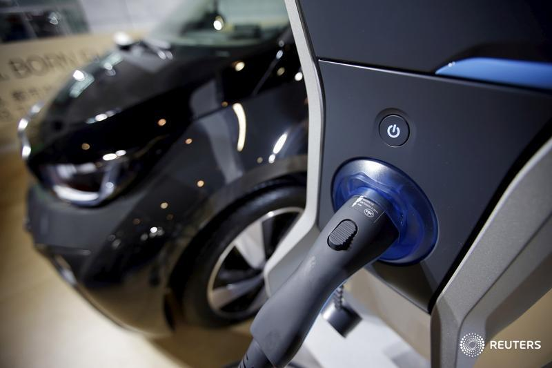 Reuters Top News On Twitter Bmw Says Electric Car Mass Production