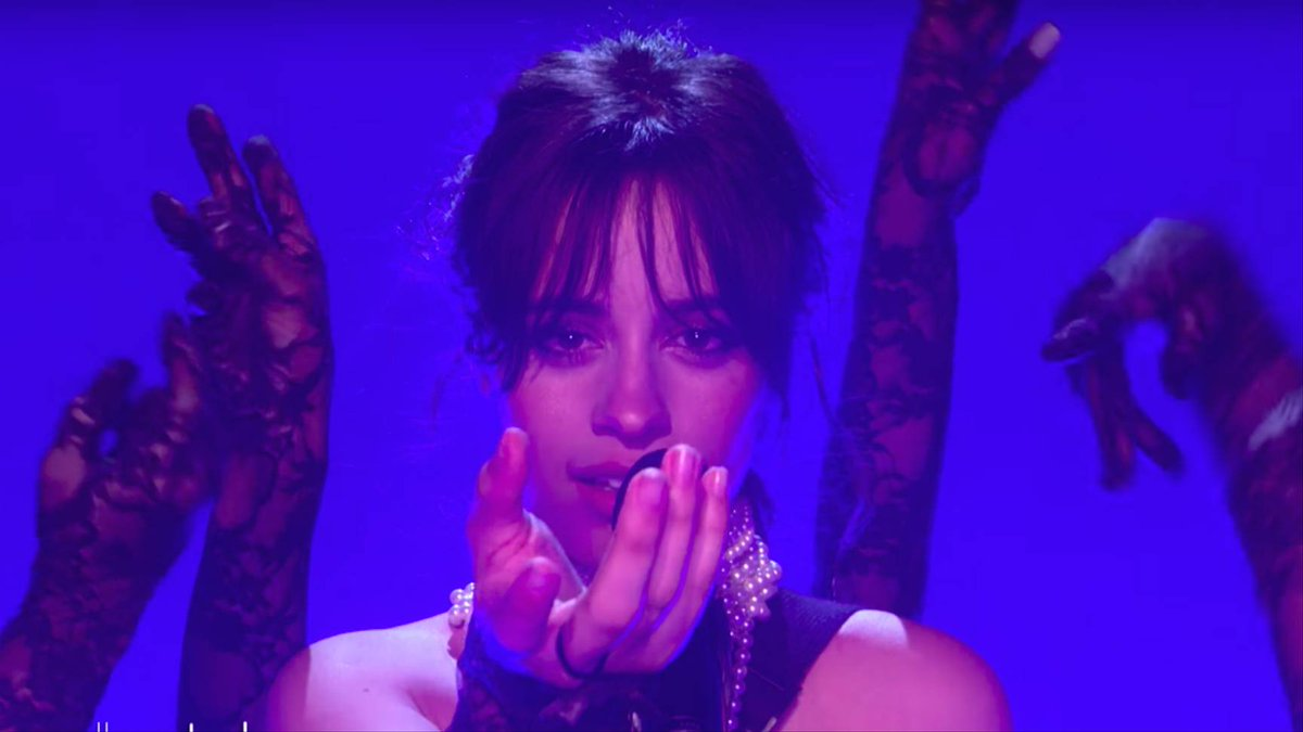 ✨ @Camila_Cabello brought #NeverBeTheSame to @TheEllenShow: https://t.co/AtcuudEGN9