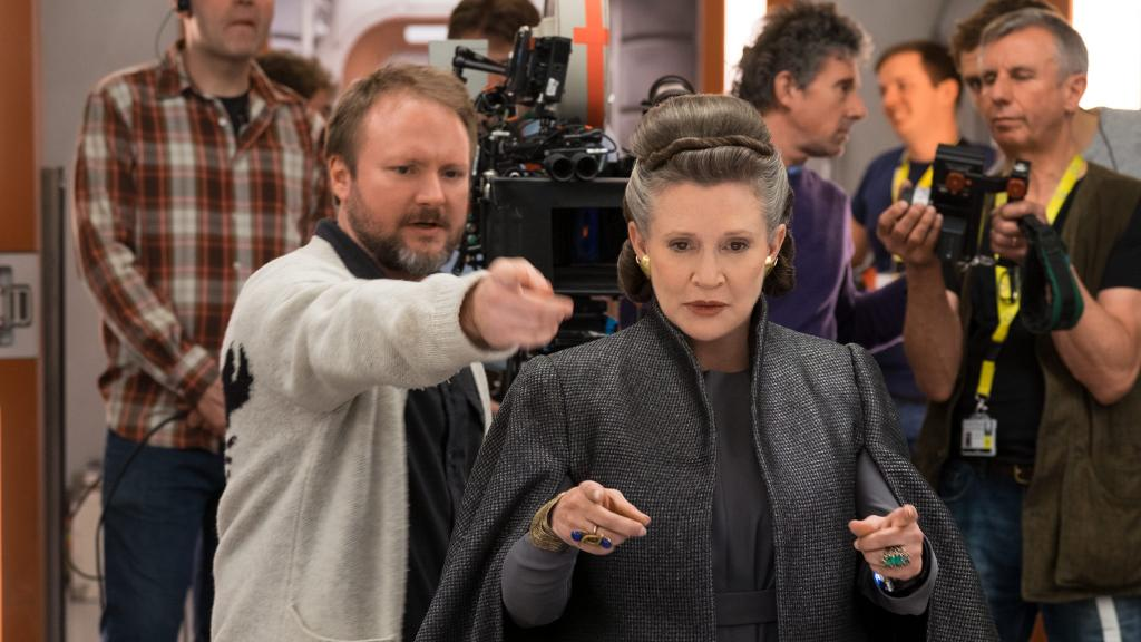 We watched #TheLastJedi with @RianJohnson's commentary. Here are 7 things we learned. https://t.co/9RUq7NFdor