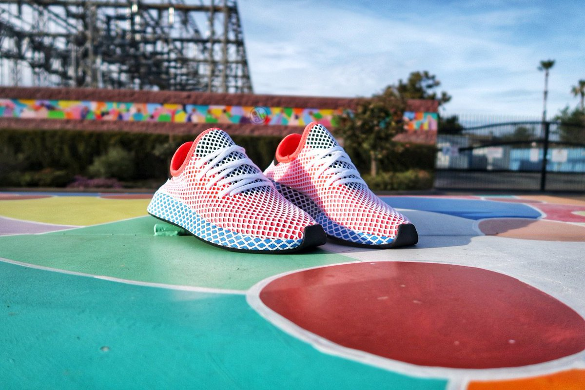 adidas Deerupt Runner 'Hi Res