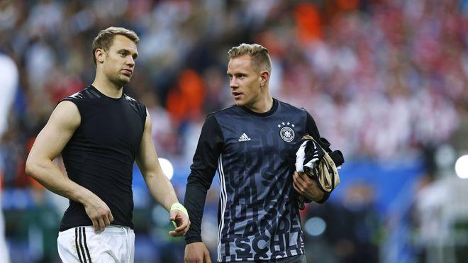 Ter Stegen : 'Neuer? J'ai un respect absolu pour ce qu'il a apporté à l'Allemagne, je le reconnais sans aucune jalousie.'