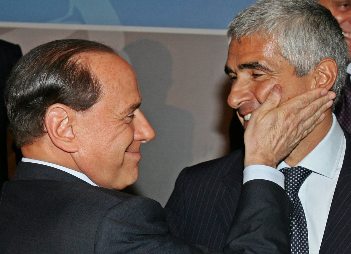#Casini, hasta la poltrona siempre.  #ot...