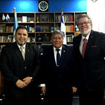 Image for the Tweet beginning: Embajador del Perú brindó cátedra