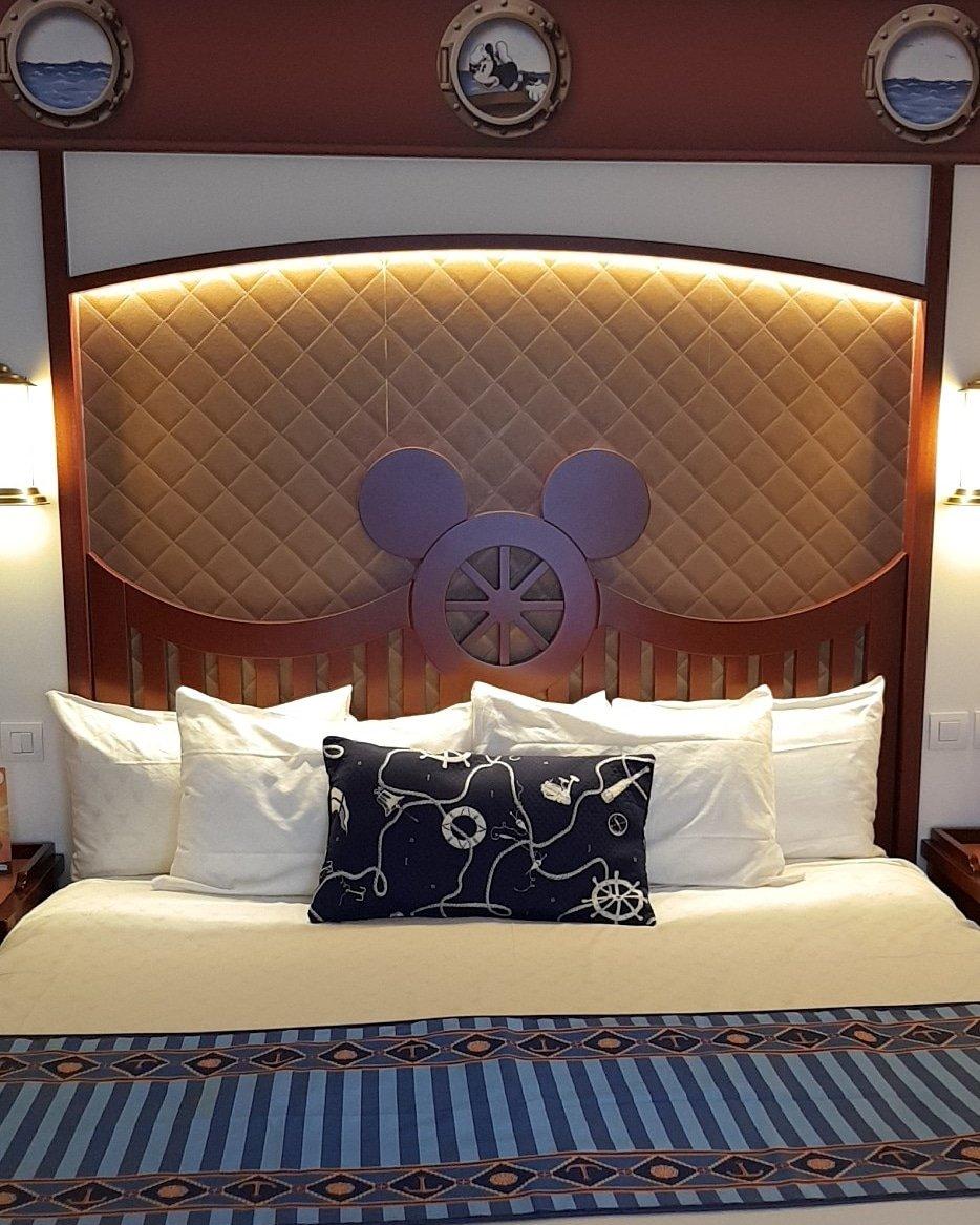 Rien de mieux que de continuer le rêve jusqu'au bout 😴  @DisneylandParis @DisneyFanDaze @EuroDisney @DisneyFR @DisneyParks @DisneylandToday @WDWToday @Disneyland @NewportBayClub @disneyhotel @Disneyphotog