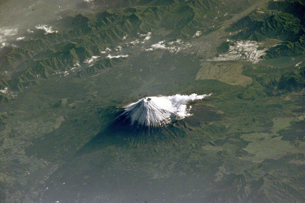 IMAGE: Mount Fuji from the International Space Station https://t.co/Ijgd4ULXim