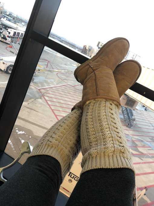 Always waiting...   #teaganpresley #Philadelphia #airportlife https://t.co/LE34LP8TDm