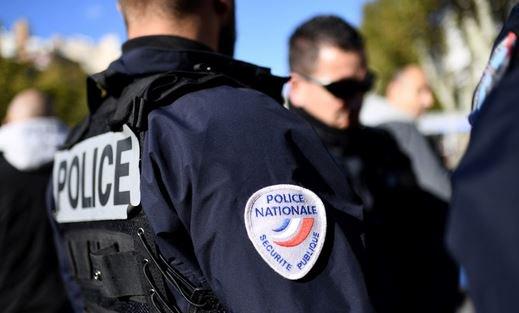 🔴 Aude : attaque d'un supermarché et prise d'otages en cours ⏬ https://t.co/wlT5rfiMGS