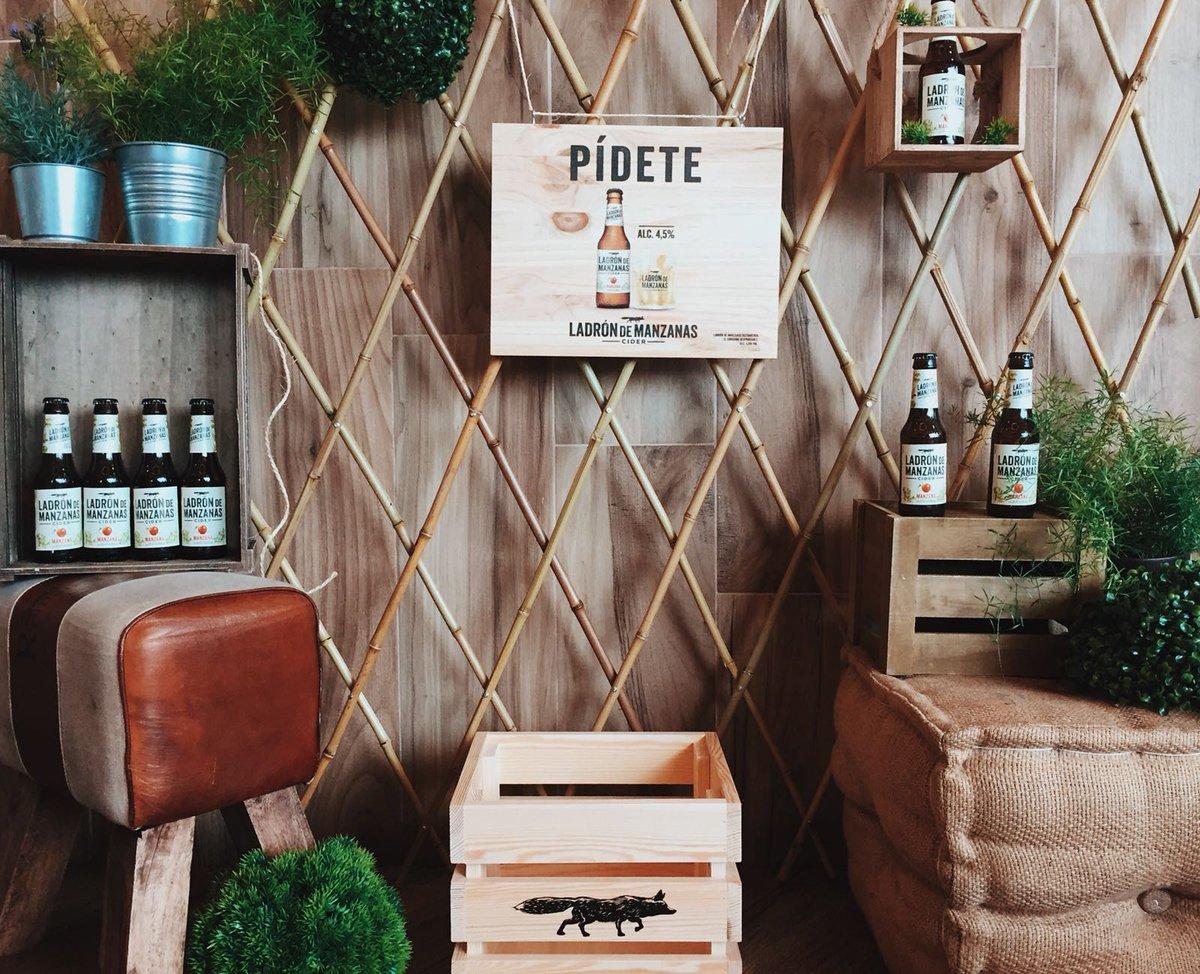 ¡El zorro ha llegado a tus bares favoritos! Búscalo y #RevolucionaElCorral.  http://ladrondemanzanas.com/