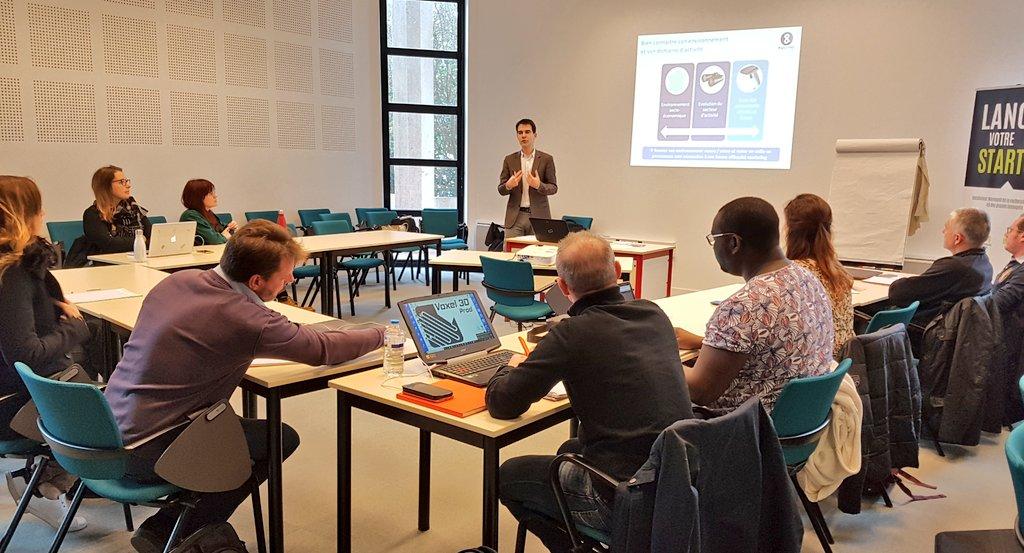 Aujourd'hui, on structure sa démarche #commerciale avec Yves Gruenais de Plus&Pro Conseil ! #startup #projetinnovant https://t.co/g3Ql8gUyc4
