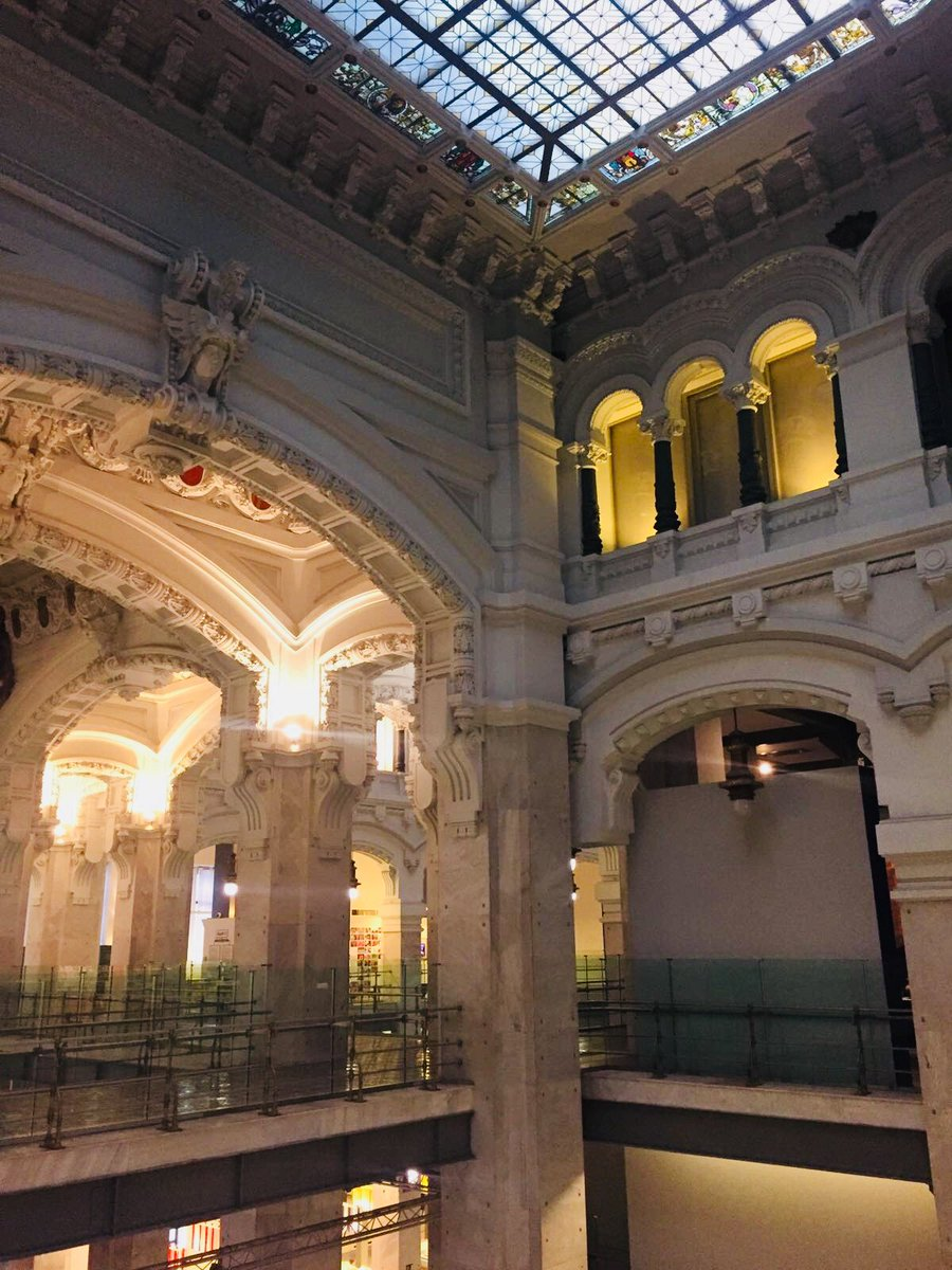 Escuela De Espanol On Twitter Have You Already Been To Centrocentro It S Just 5 Minutes Away From The School And We Went This Week 3 Learnspanish Descubrirmadrid Discovermadrid Aprenderespanol Activities Actividadesenmadrid