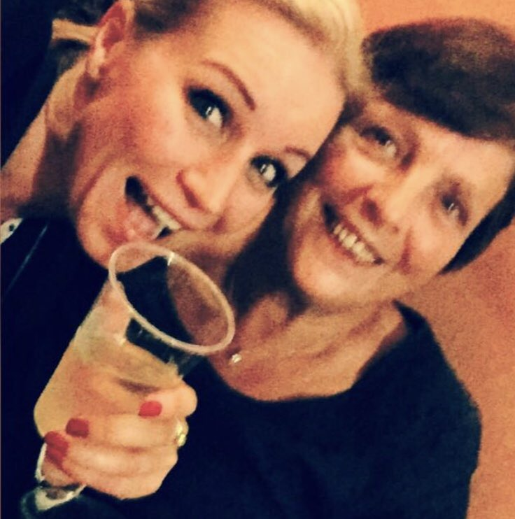 "Happy Mother's Day to the best Mum in the world 🌍 "" Kathy with a k"" 🌸🌸🌸🌸🌸🌸💗😘 https://t.co/PL4DqmNP0J"