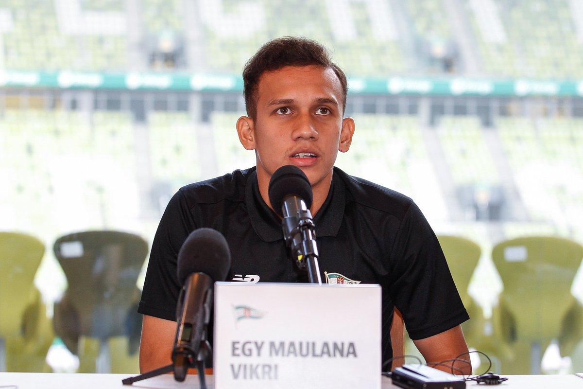 Pierwsza konferencja prasowa Egyego Maua...