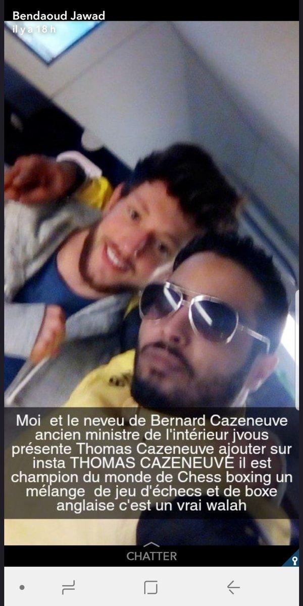 Encore un attentat à Paris... Cette fois se sont les Champs-Élysées s qui sont visé, un policier tué !  DYBcyf_XcAIapp-