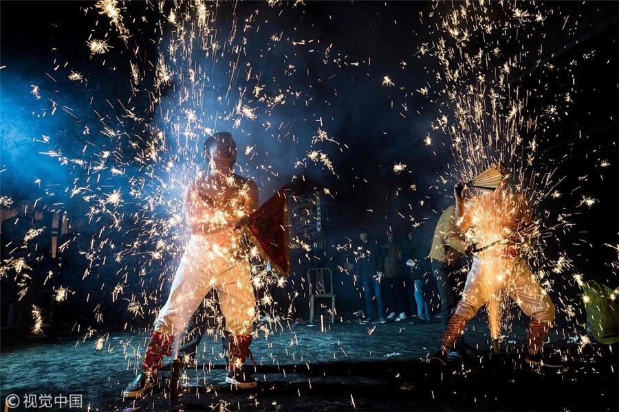 what do fireworks symbolize