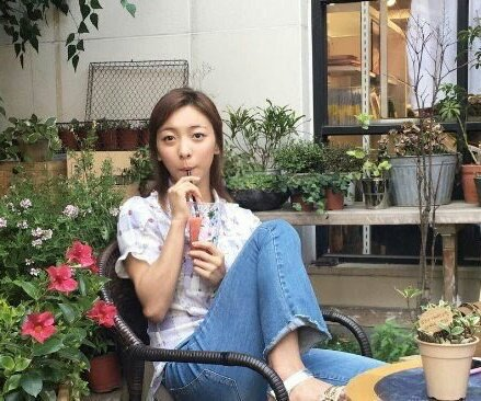 Luna dating FX