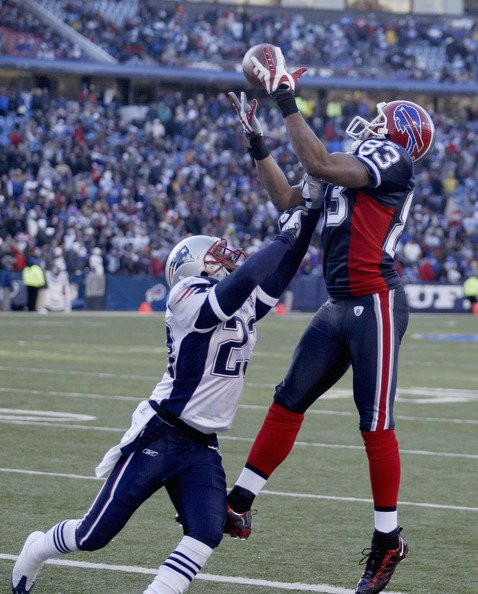 Happy Birthday Lee Evans Bills WR 2004-2010. Born on this date in 1981!
