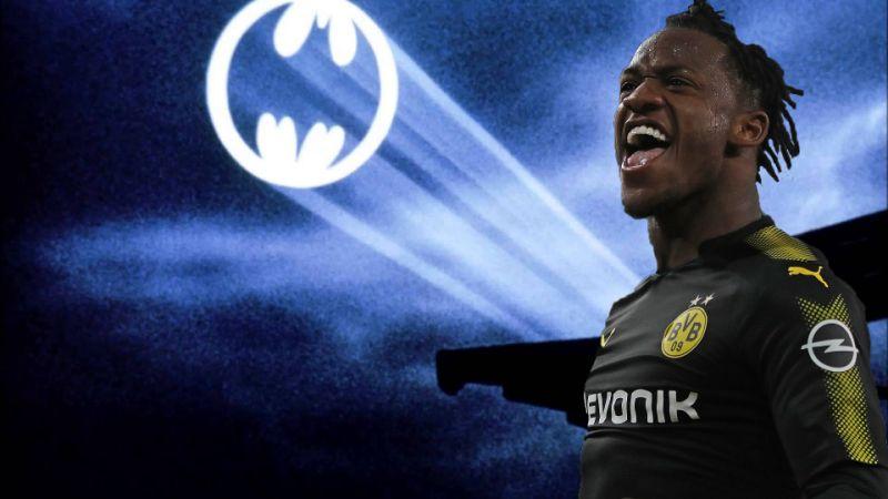 🇧🇪 | Michy Batshuayi não pode ser banco, professor! É o sexto gol do belga em nove jogos com a camisa do Borussia Dortmund.  Batman. 🦇