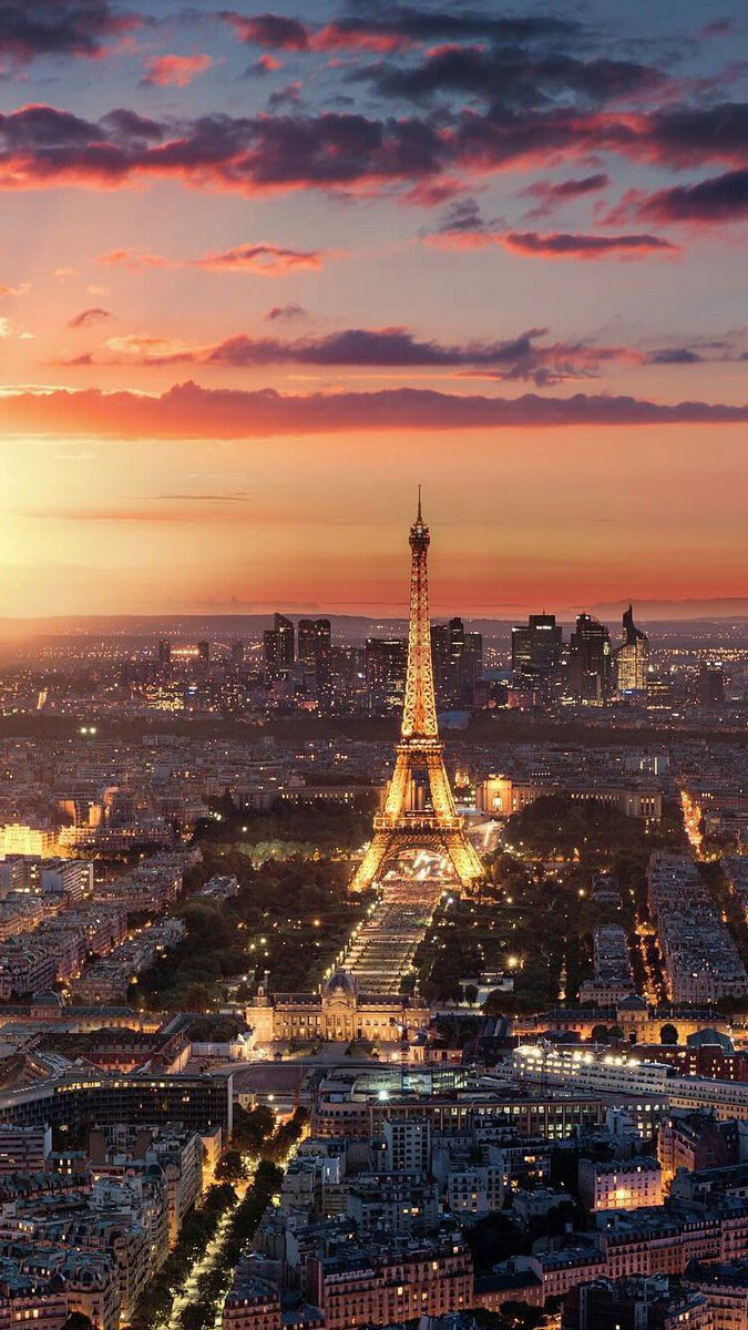 Dreaming Paris Eiffeltower Sunset Citylights Evening Magical Dreamspots Location Photography Digitalart Lighting Wallpaper Phone Zedge