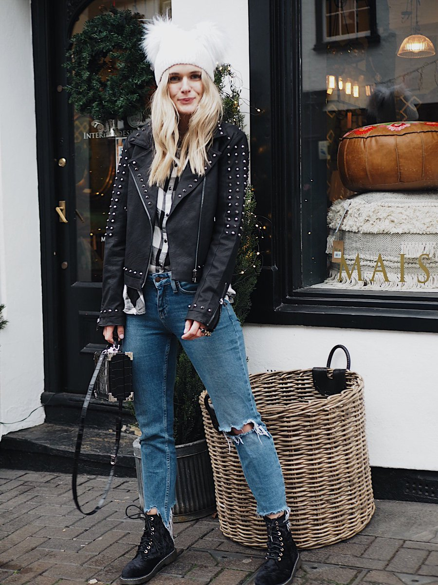Spotted in Firetrap // @rossio_style in the Limited Edition Studded Biker > https://t.co/oBoxzJxNEV https://t.co/SrnPiMzt0S
