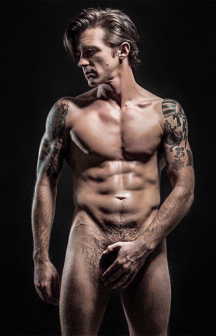 Iggyboo Nude Celebrity Fakes