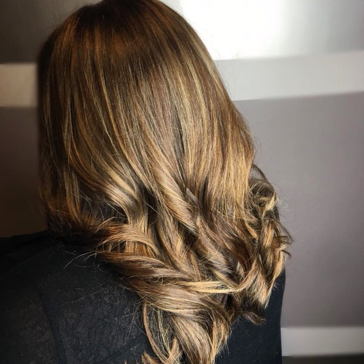 W Salon Rochester On Twitter A Little Dimension Hairstyle By