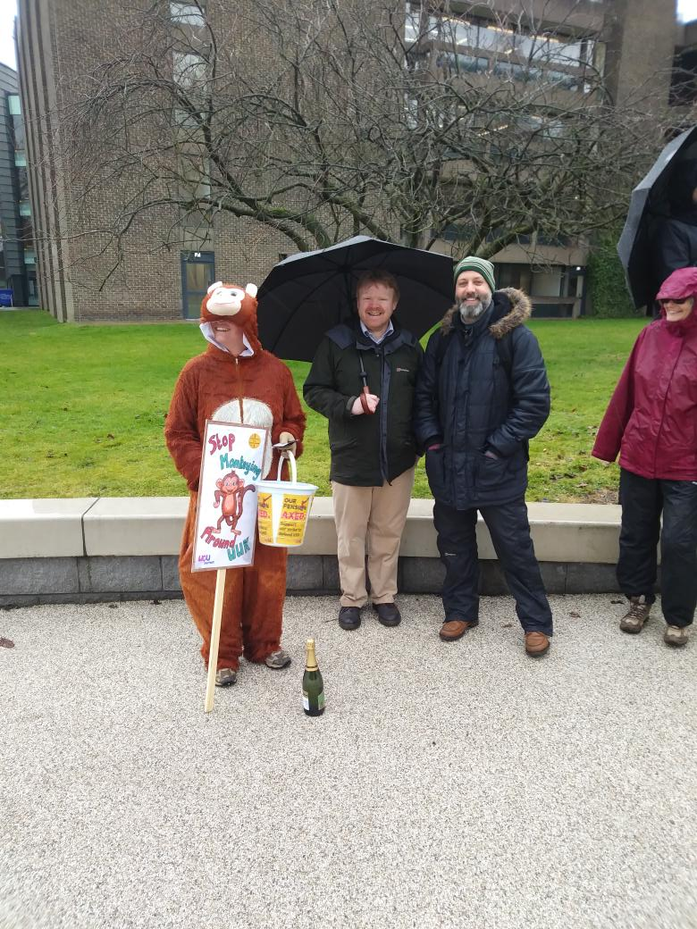 Strike still strong at Durham. Stop monkeying around with our pensions! #USSstrike @UCUNorthern
