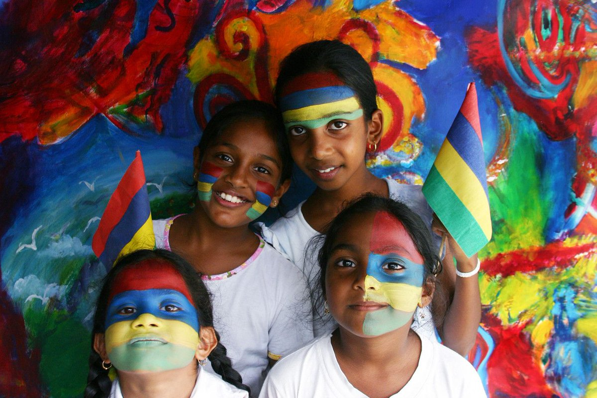 Mauritius ends virus lockdown