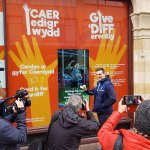 We're proud to be supporting the @GiveDIFFerently charity to help end homelessness in Cardiff. Huge thanks to @samwarburton_ showing how people can donate with a contactless card at our special installation! #carditforcardiff @wearecowshed