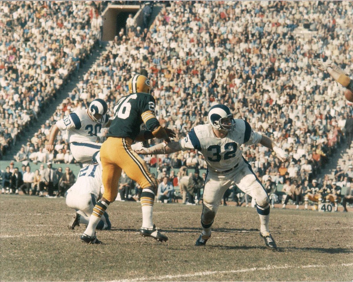 Sportspaper On Twitter Can Anyone Put A Date On This L A Rams Vs Green Bay Packers Shot