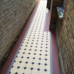 Image for the Tweet beginning: Great example of 'Victorian' tiling