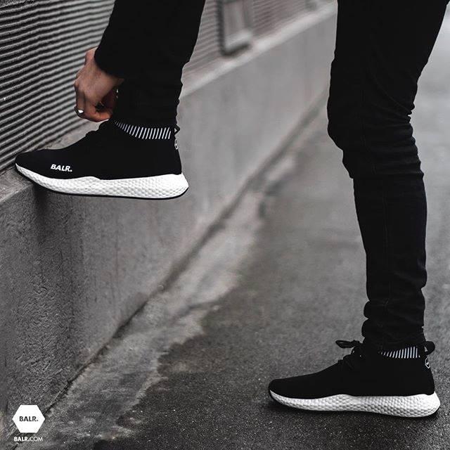 EE Premium Sock Sneakers
