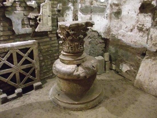 facebook.com/gianlucaguidat… Immagini dalle Catacombe dei Santi Pietro e Marcellino a #Roma! Estese, ricche di fascino e di affreschi ben conservati... #romeisus #Rome #catacombe @catacombsrome @CatacombSociety @laromachenonsai @SandroBrizzola4 @MagTua