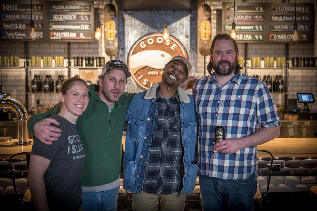 .@xdannyxbrownx stopped by the brewery b...