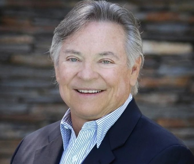 Happy Birthday to Frank Welker. The voice of Megatron and Inspector Gadget\s Doctor Claw