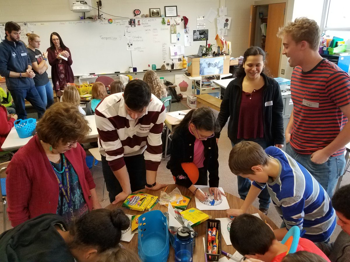 Last week, Ithaca College students came to help our 5th grade Hawks learn about the brain - what a fantastic partnership!