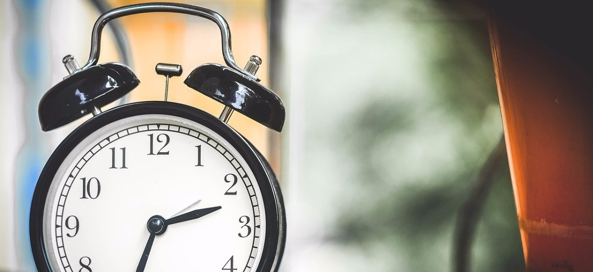 Timing isnt a guessing game on social media. This guide will help you figure out the best time to post for your audience: ow.ly/tH8L30iRDJX
