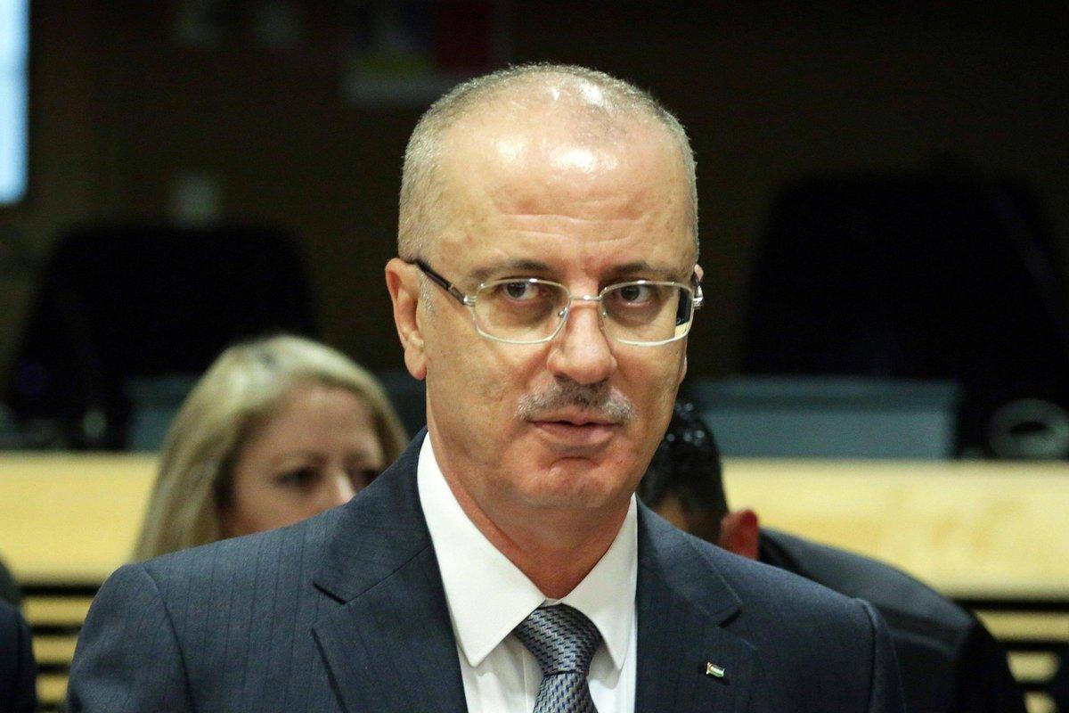 #Gaza, bomba e spari al passaggio del premier palestinese #Hamdallah. Abu Mazen accusa Hamas: 'Codardi' → https://t.co/wAGkdQKDbl