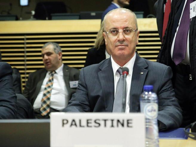 Gaza, il premier palestinesesfugge ad un attentato. Anp accusa Hamas: «Vigliacchi» https://t.co/QZkpr6DY6K