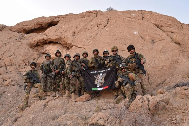 #Afghanistan: 🇮🇹 @ResoluteSupport TAAC-W military trained 🇦🇫 Afghan National Army on Mountain Warfare to cope with harsh conditions of mountain regions goo.gl/fTCWw5